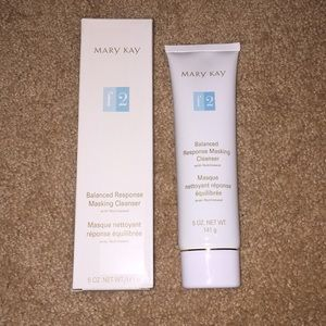 NWT Mary Kay facial cleanser